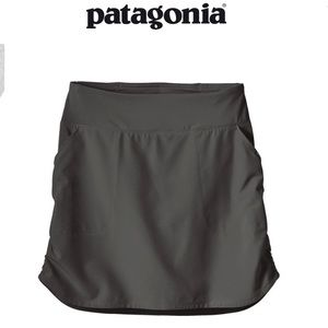 Patagonia Women's Tech Fishing Skort in forge gray